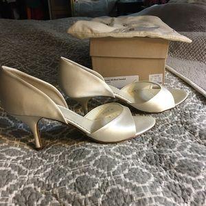 JCrew satin d'orsay heels ivory size 10